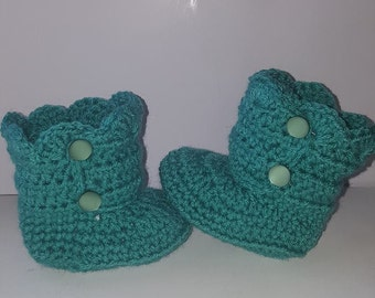 crochet baby boots with buttons