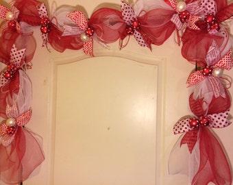 Red and White Christmas Garland/Christmas Garland/Door Garland/Christmas Wreath