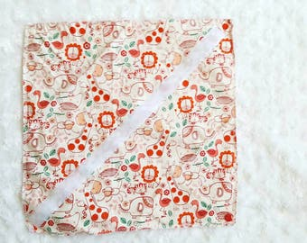 Wrapping wrap packaging reusable washable green zero waste economic wrap sandwich lunch school children pattern jungle
