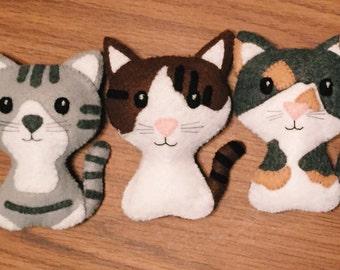 Stuffed Felt Cat (Customizable!)