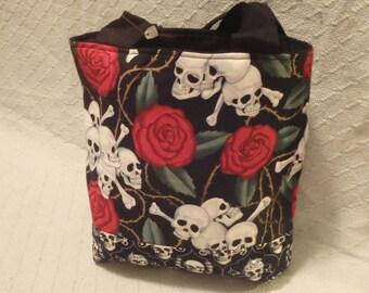 Rose's & Skulls Tote Bag