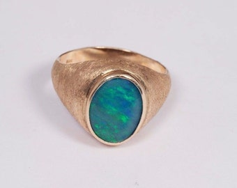 14K Yellow Gold Mens Opal Ring, Size 13.5