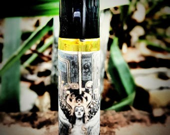 Lilith Oil - Lilith Goddess Oil - Honoring Lilith - Ritual Anointing Oil - Revenge on your enemies - Occult - Pagan