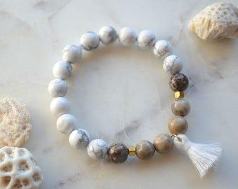 Tassel gemstone Howlite, Fossil & white Jasper (SAND) charm bracelet