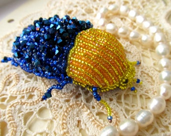 Brooch Bug Beetle Insect beaded embroidery