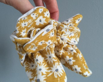 Baby Booties - Yellow with flowers