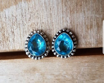 Silver earrings with blue glass
