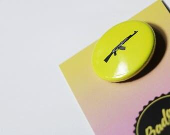 AK47 / 32mm pin button badge