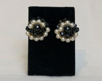 Faux Pearl and Black Beads Richelieu Clip On Earrings