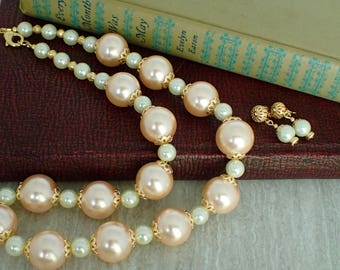 Peachy in Pearls Beaded Necklace