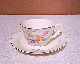 Superior Hall Quality Dinnerware Tulip pattern tea cup and saucer, vintage flat cup and saucer tulip design in cream background.