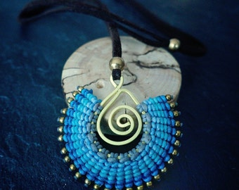 necklace pendant macramé handmade