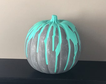 Painted Pumpkin // Halloween Decor