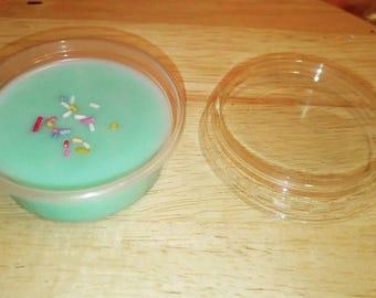Sour watermelon candy wax pot