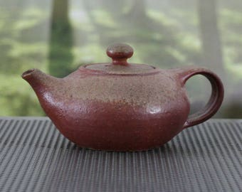 Teapot Nr. 122 - Anagama Kiln Fired