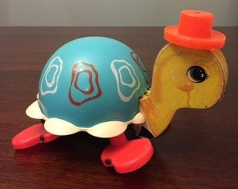 Vintage Fisher Price 773 Tip Toe Turtle Pull Toy