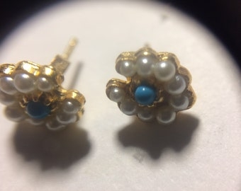 Earrings in 14k gold with turquoise and pearls