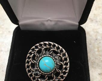Vintage-Inspired 1970s faux Turquoise and Silver-Tone Circular Rings
