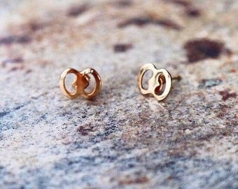 Simply Gold Studs