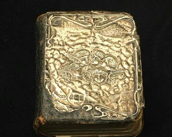 Fully hallmarked vintage common book of prayers in good vintage condition for age