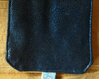 Portfolio in faux leather and fabric