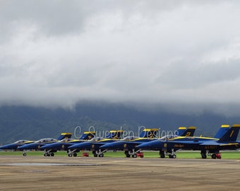 US Navy Blue Angels MCBH Kaneohe Bay, Hawaii Flight Line 8x10 Photograph!