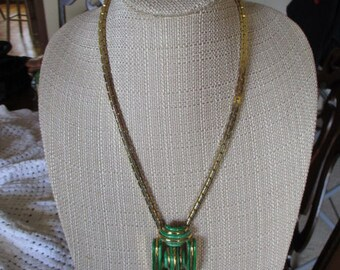 Vintage OR Gold Tone & Green Enamel Pendant Necklace