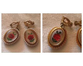 Cool Vintage Lucite Rose/Pearl Clip Earrings