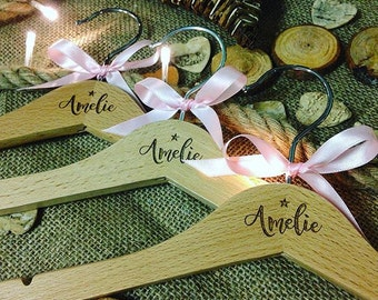 Personalised wooden hangers, New baby gift, Wood, Hangers, Unique gift, 1st birthday gift, wooden gift, Childrens hangers,