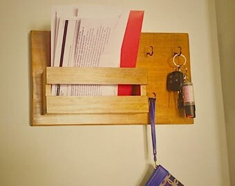 Rustic Mail and Key Holder