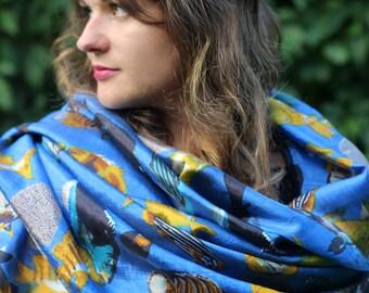 vintage blue shawl / pareo (pāreu) with fish made in Maldives