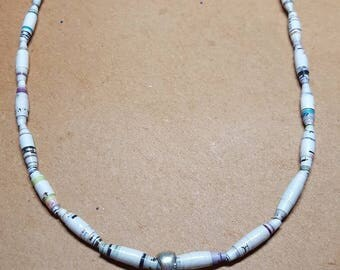 Paper beads necklace