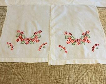 Vintage pair of towels.