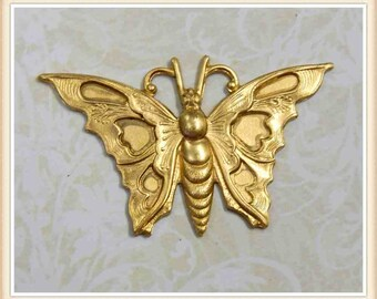 9 pcs  raw brass butterfly moth embellishment vintage ornament E143