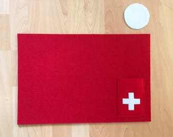 Templates are felt with glass coasters figures placemat
