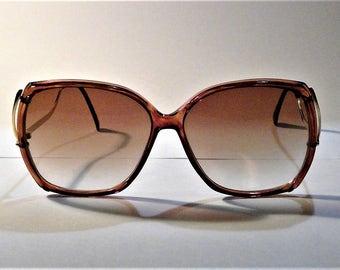 Vintage 70's Ladies Bonneau  BOHO Sunglasses - Extra Large Tortouise Shell Rims