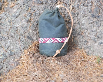 Bushcraft Round Ditty Bag Waxed Cotton