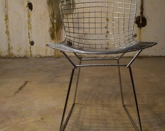6 x Mid Century Modern Harry Bertoia side chairs by Knoll