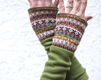 "Arm warmers ""stödjer"" Upcycling fleece lined"