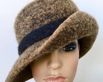 Flapper Cloche, Felted Wool Hat, Unique Felt Hat, Art Deco Hat, Wool Felt Flapper, Brown Flapper Hat, 1920s Cloche Hat, Felted Wide Brim Hat