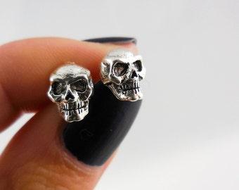 Oxidized 925 Sterling Silver Skull Stud Earrings, Skull Earrings, Skull Stud, Skull Jewelry, Oxidized Earrings, Anatomy Earrings, Science