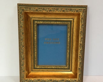 REGENCY small ornate gold frame to fit cards 8x12cm