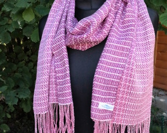 handwoven scarf out of Ahimsa-silk, rose-raspberry