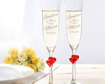 Champagne Flutes – Set Of 2 - Prosecco Glasses With Red Heart – Beautifully Etched – Personalised With Names And Date - Valentine's Gifts
