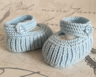 Baby Booties in Blue, Newborn Booties, Light Blue Booties, Infant Shoes, Knitted Shoes, Baby Shower Gift, New Baby Shoes, Hand Knit Bootie