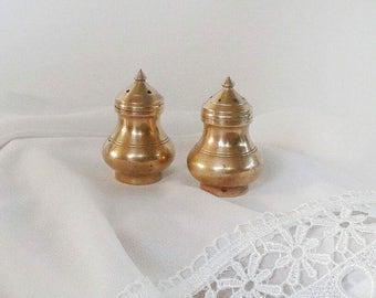 Brass mid century kitchen decor, vintage salt and pepper shakers, mid century dining accessories, good condition, brass decorative accent
