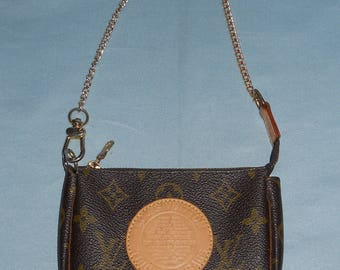 Authentic vintage Louis Vuitton purse ! Canvas and genuine leather ! Serial code !