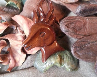 Antique Victorian Hand-Carved Wood Stag Head Figural Brooch