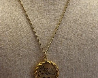 Vintage Sarah Coventry 12K GF Necklace with Merry Christmas Engraving