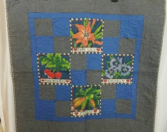 Small Floral Decor Lap Quilt